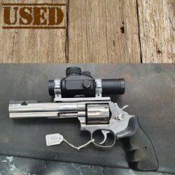 Smith & Wesson 686 357Magnum.